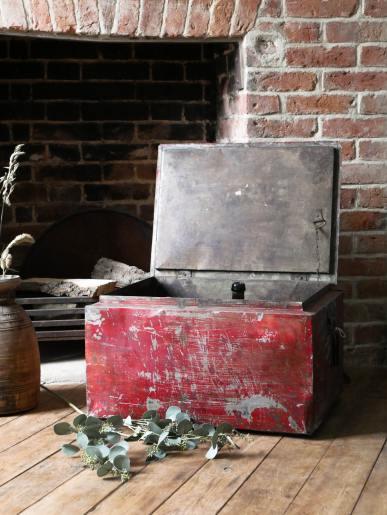 Red Metal Box