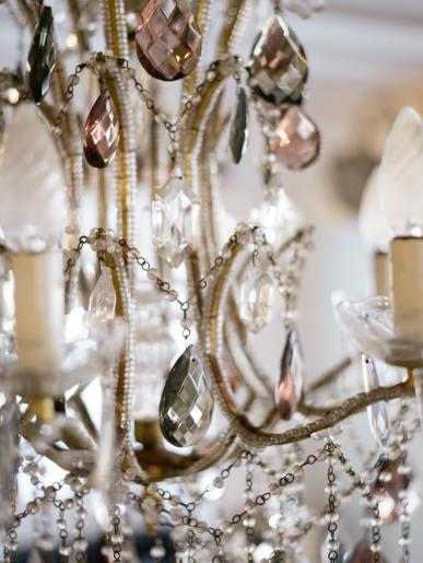 Lamps, Lights & Chandeliers