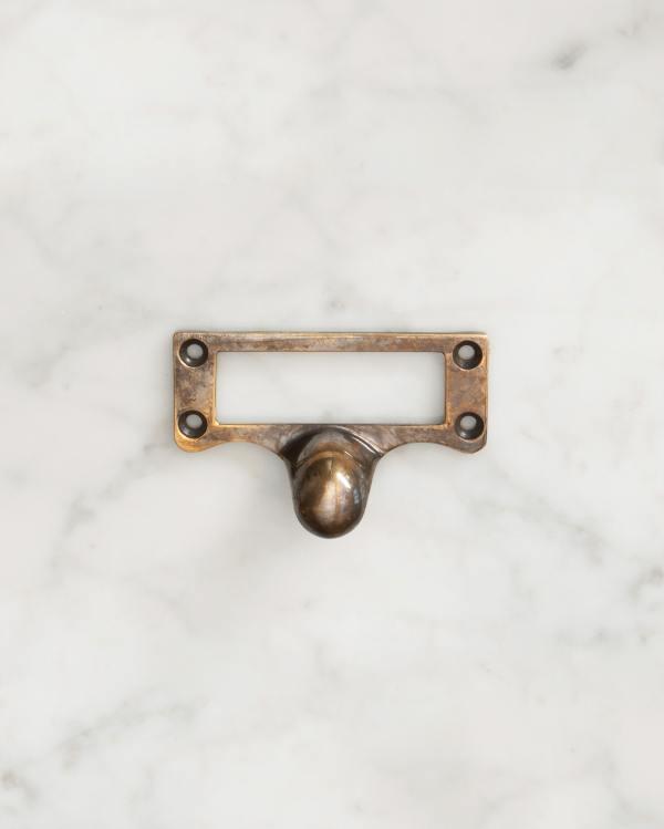 Bella Brass Cardframe Pull