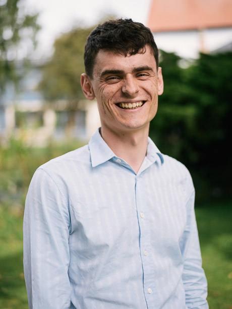 Tom Riddell
